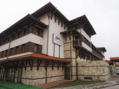 HOTEL-TRINITY-BANSKO-BUGARSKA-ZIMA-SKI-AND-SUN