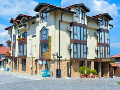 HOTEL-ELITSA-BANSKO-BUGARSKA-ZIMA-SKI-AND-SUN-400X300