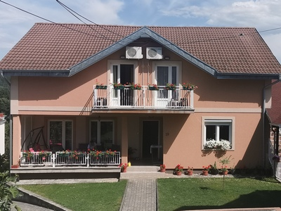 Apartmani-Vidikovac-Vrnjačka-Banja-Leto2020-Ski-Sun-TB
