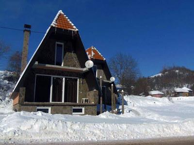 Bungalovi Biljana, Crni Vrh, Stara planina, zima, Srbija, Ski and Sun Travel